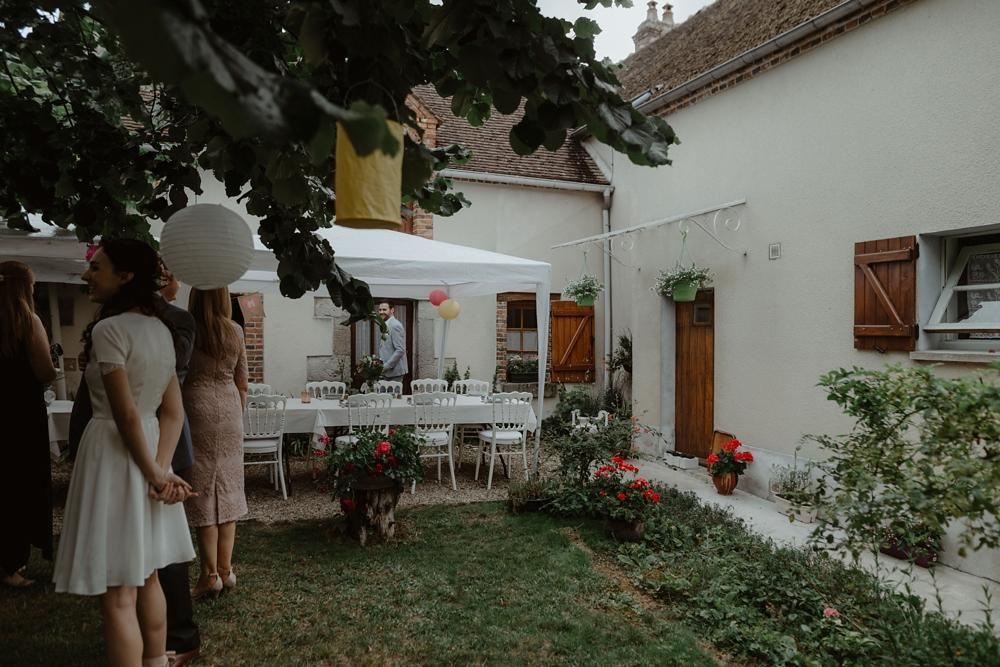 Mariage vintage en r gion parisienne dans le jardin mamie de la mari e - Mamie baise dans le jardin ...