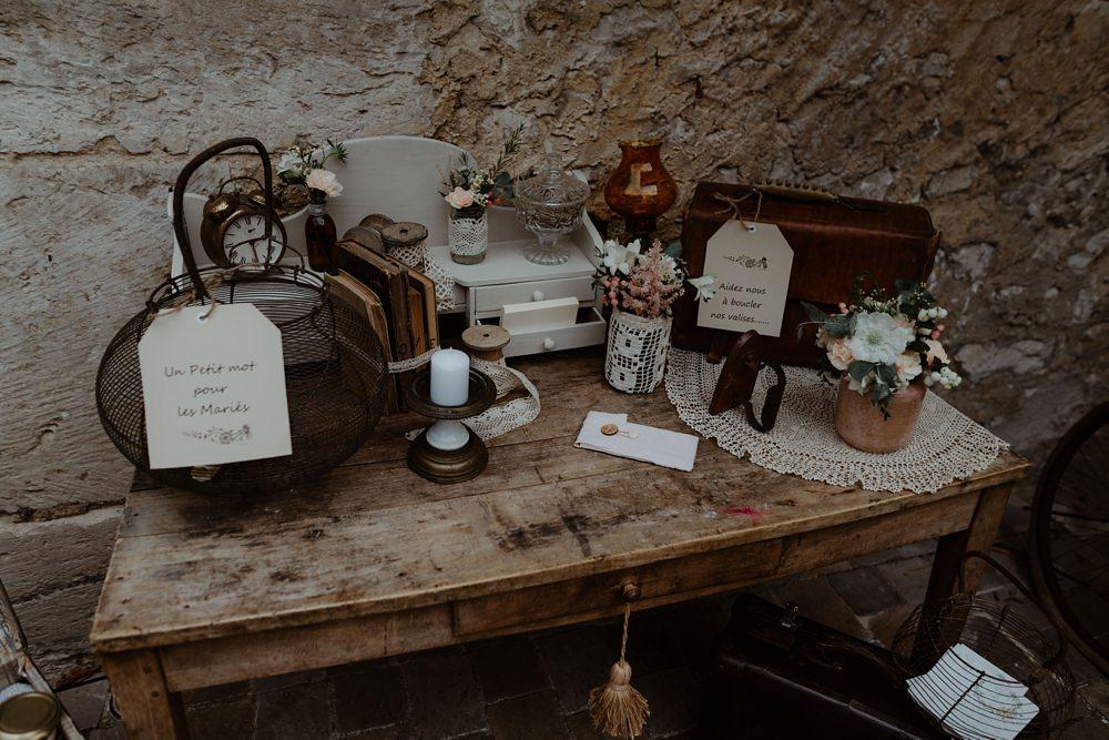 Mariage à la Dîme de Giverny en Haute-Normandie avec des photographies de Emmanuelle AUZOU