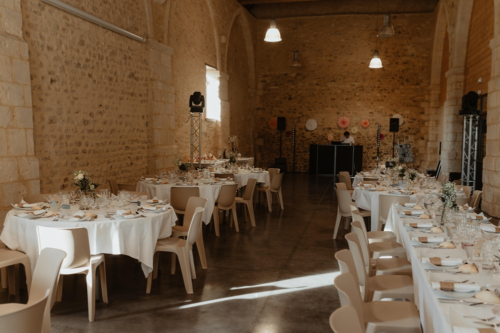 Mariage à la Grange Espins en Normandie près de Caen - Robe Laure de Sagazan - Photographe mariage Emmanuelle Auzou